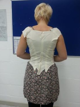 ellie toile back