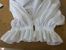 sleeve frills