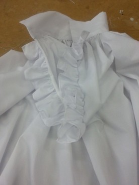 frill and collar